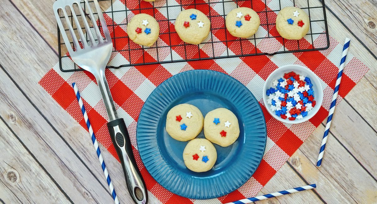 Red White and Blue 4th of July Patriotic Sugar Cookies